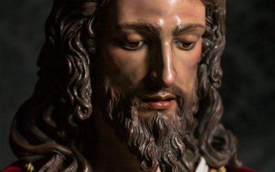 Intensa agenda del quinto día de Quinario con Besapié, Bendición del manto, Concierto y Ensayo de Costaleros